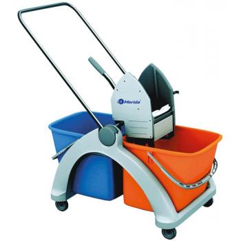 Úklidový vozík s plastovou konstrukcí MO3P