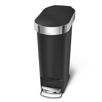 Simplehuman pedálový odpadkový koš, 40 l, černý plast, úzký, oválný, s nerez krytem sáčku
