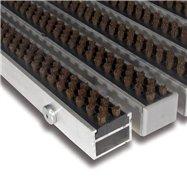 Hnědá hliníková kartáčová venkovní vstupní rohož FLOMA Alu Super - délka 100 cm, šířka 100 cm a výška 2,7 cm