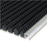 Plastová kartáčová venkovní vnitřní vstupní rohož FLOMA Wellbru - délka 100 cm, šířka 100 cm a výška 2,2 cm