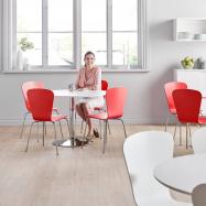Jídelní sestava: stůl Ø 1100 mm, bílá/chrom + 4 židle, červené