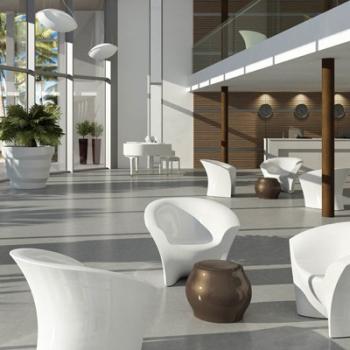 Designový odkládací stolek FUZZY