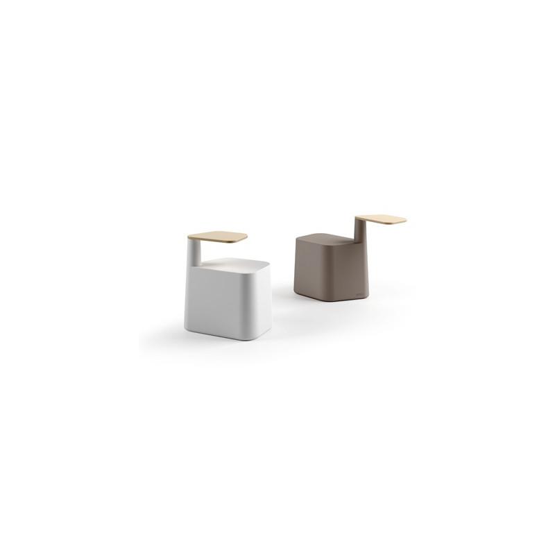 Designová plastová židle SAT