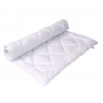 Polštáře, přikrývky, chrániče matrací